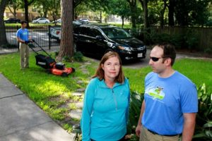 Broomfield lawn care professionals